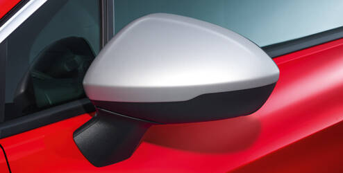 Coques de rétroviseurs extérieurs, design aluminium brossé
