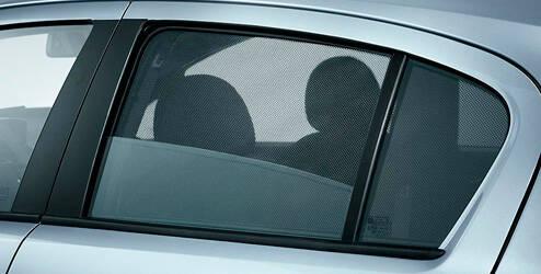 Pare-soleil pour vitres arrière